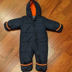 Joe Fresh Baby Snowsuit Easy Zip Warm 6-12 months